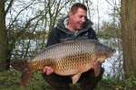 Guy Aitkins with a 32lb 14oz Common taken on Century NG's